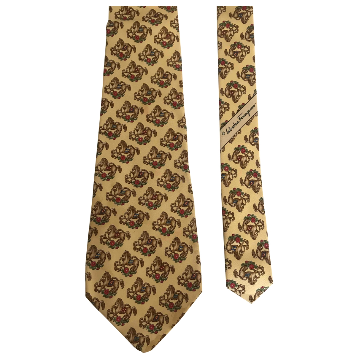 Salvatore Ferragamo \N Beige Silk Ties for Men \N