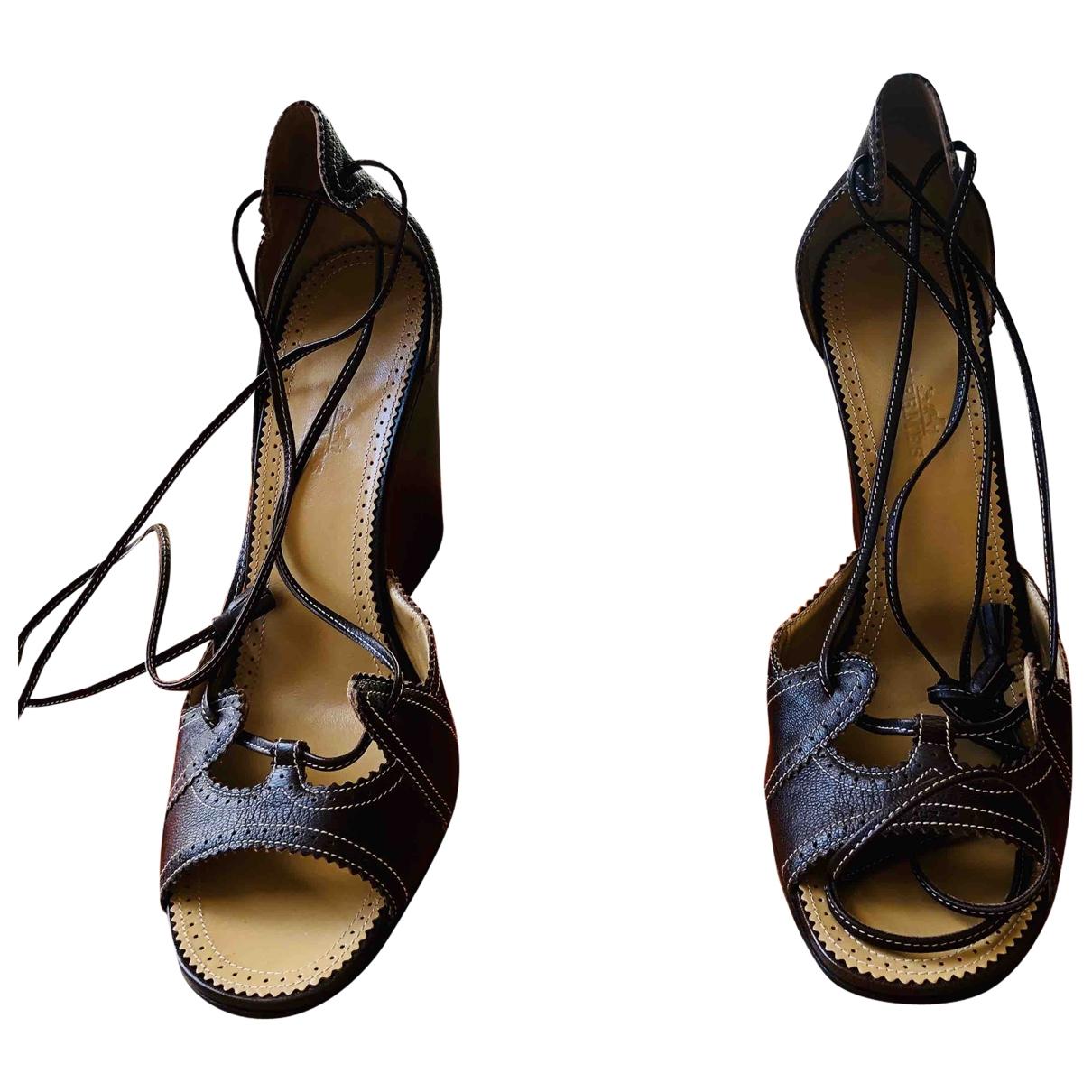 Hermès \N Brown Leather Sandals for Women 39 EU