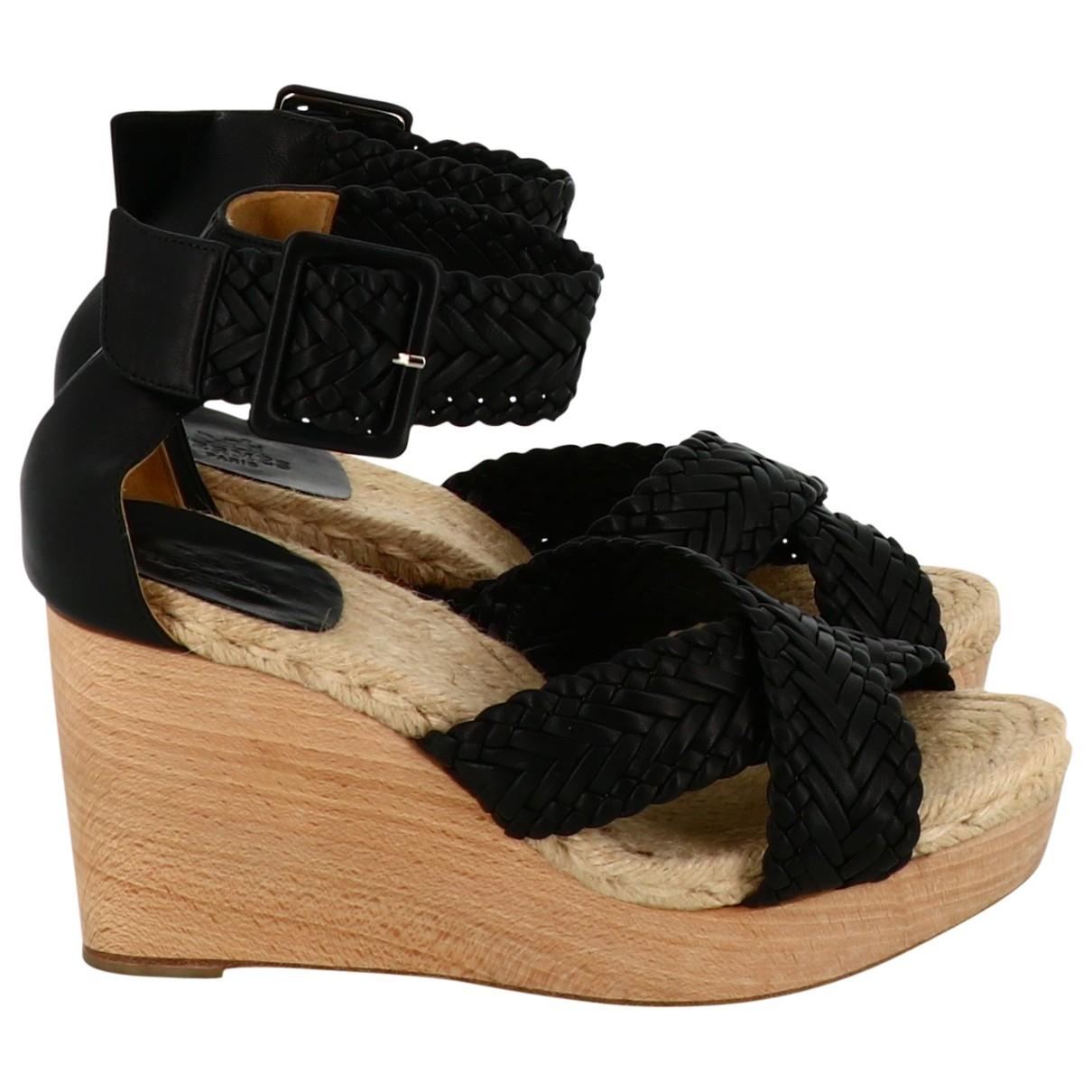 Hermès \N Black Leather Sandals for Women 38.5 EU