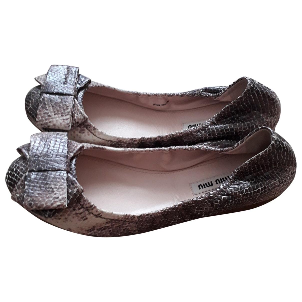 Miu Miu \N Beige Python Ballet flats for Women 37.5 EU
