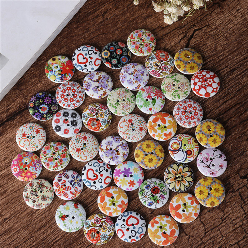 100 Pcs 25mm Decoration Sewing Buttons 2 Holes Mixed Printing Round Pattern Wood Buttons