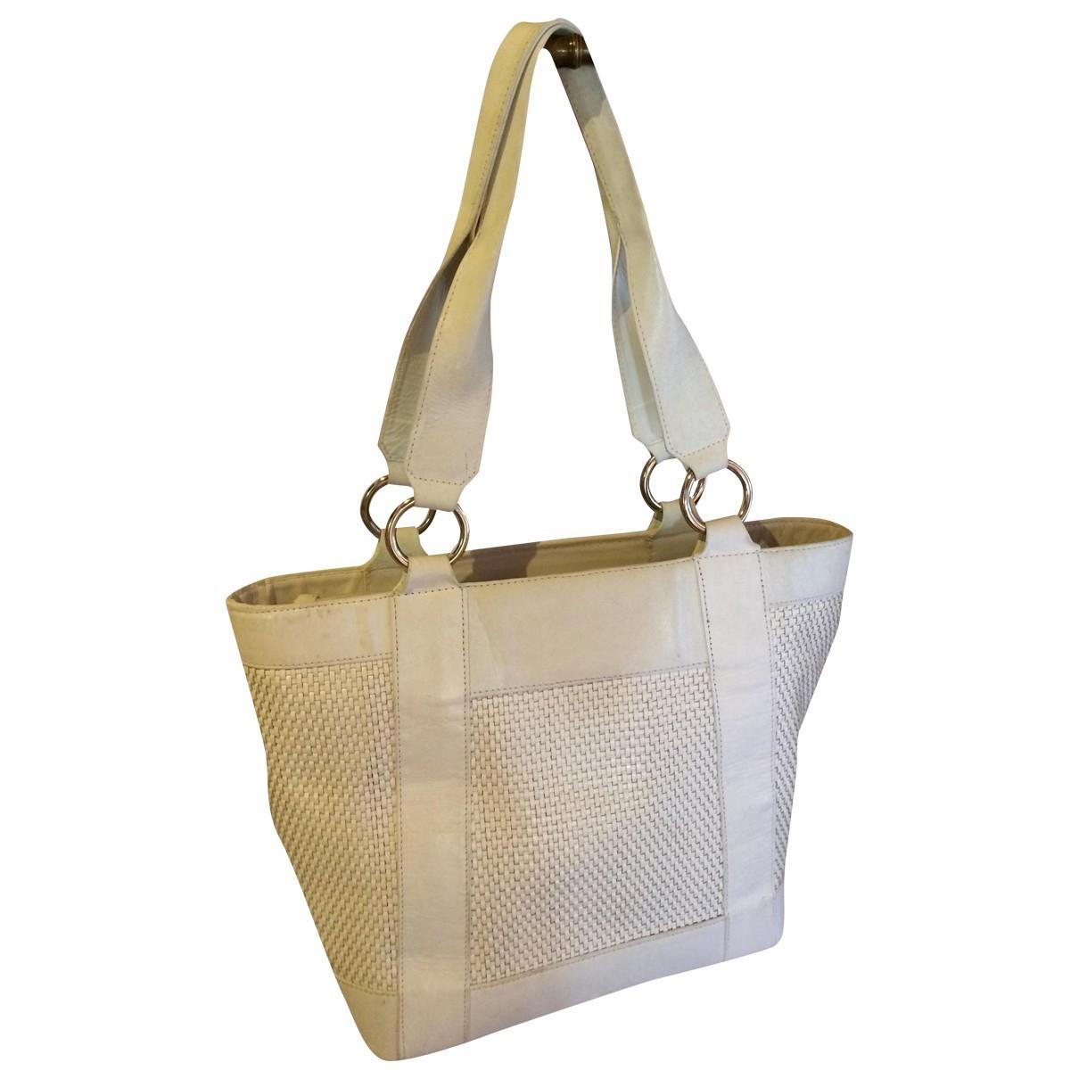 Stuart Weitzman \N White Leather handbag for Women \N