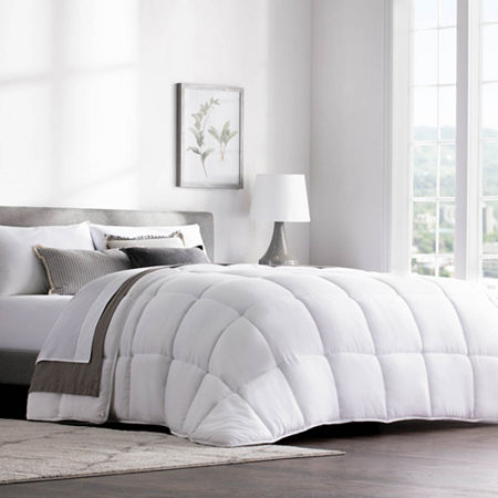 Weekender Quilted Down Alternative Hotel-Style Comforter, One Size , White