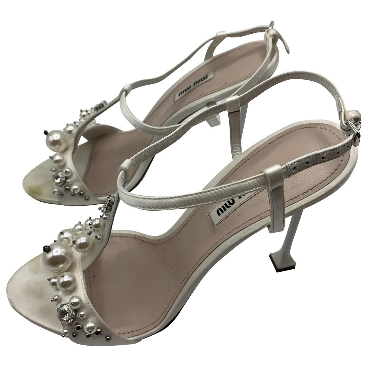 Miu Miu \N White Cloth Sandals for Women 40 EU