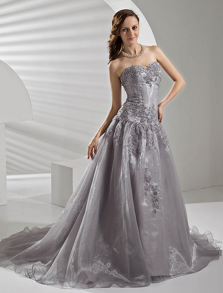 Milanoo Court Train Silver Organza Wedding Dress with A-line Sweetheart Neck Applique