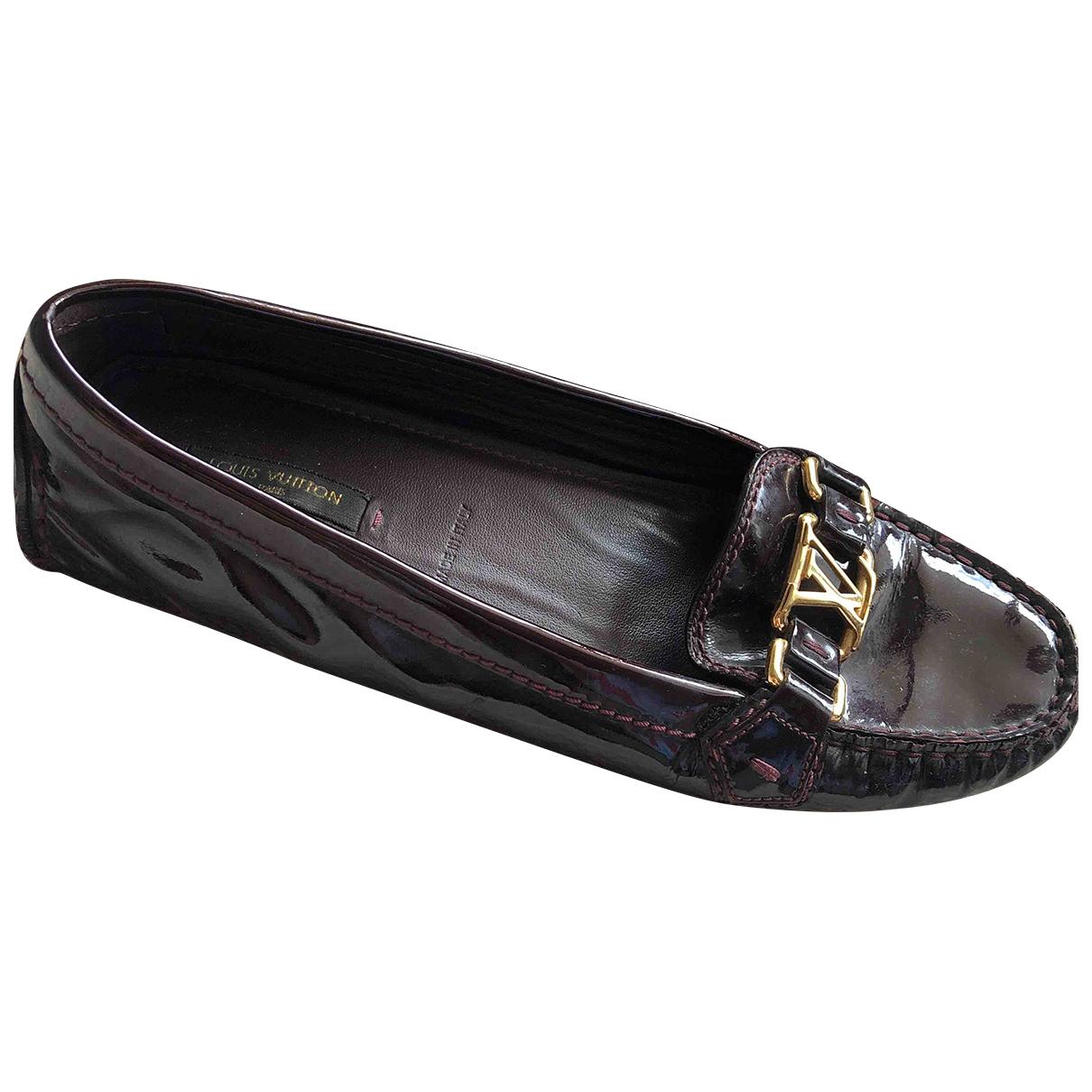 Louis Vuitton Upper Case Burgundy Patent leather Flats for Women 39 EU