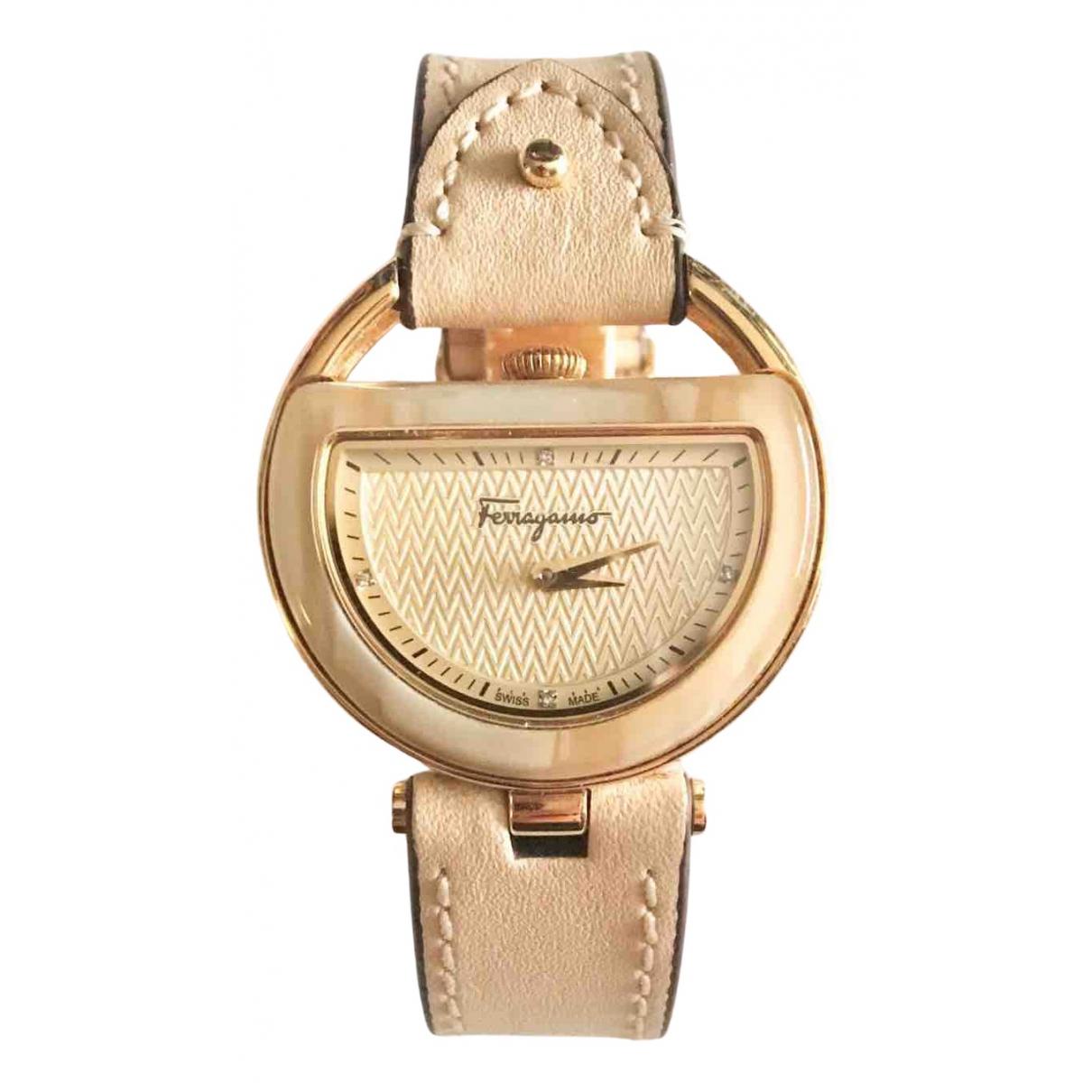 Salvatore Ferragamo \N Beige Steel watch for Women \N