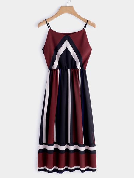 Yoins Color Block V-neck Sleeveless Spaghetti Beach Dress in Burgundy