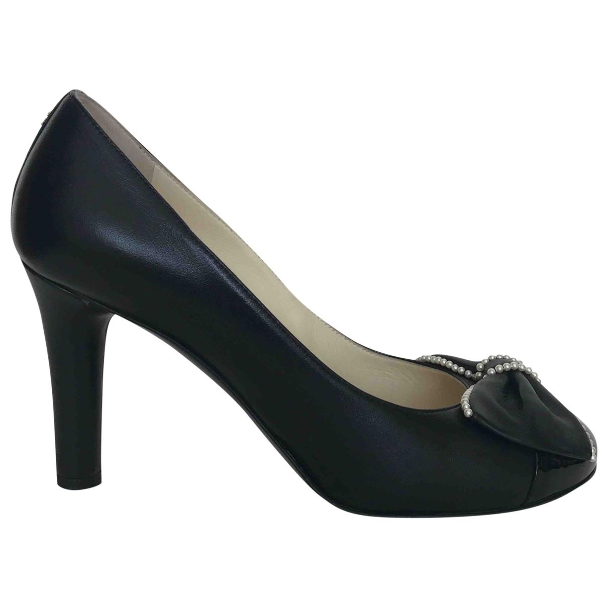 Chanel \N Black Leather Heels for Women 37.5 EU
