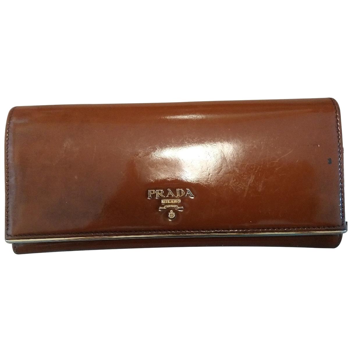 Prada \N Brown Patent leather wallet for Women \N