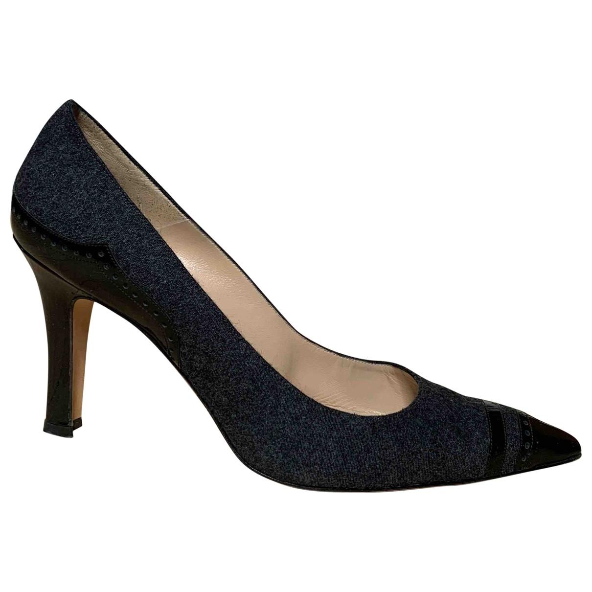 Manolo Blahnik \N Grey Cloth Heels for Women 40 EU