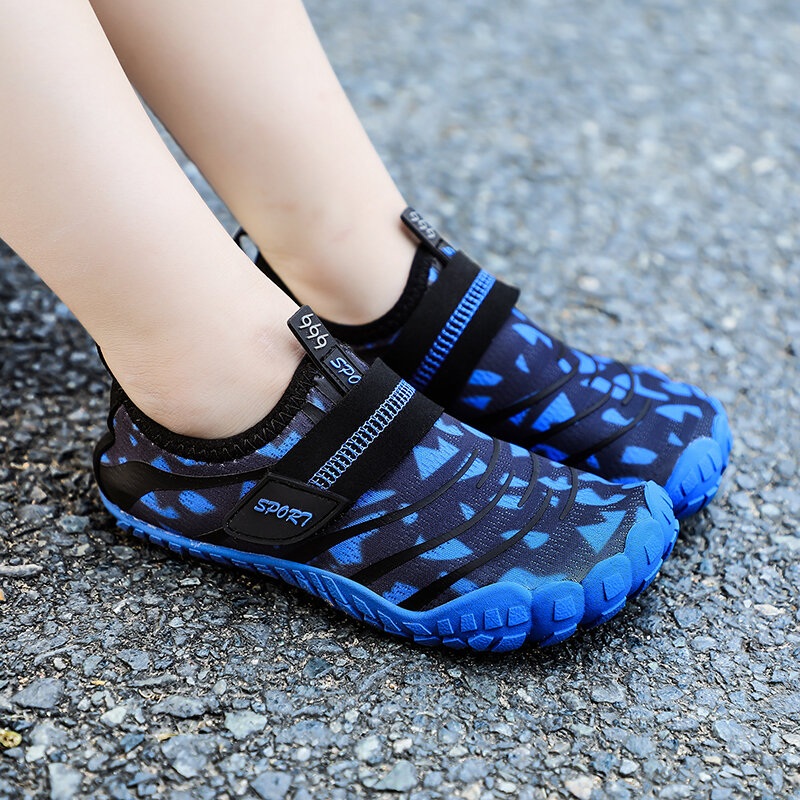 Unisex Kids Outdoor Comfy Quick Dry Non Slip Casual Slip On Beach Diving Water Sandals
