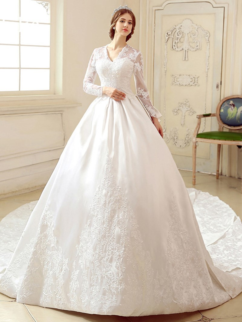 Ericdress V-Neck Appliques Long Sleeve Vintage Wedding Dress
