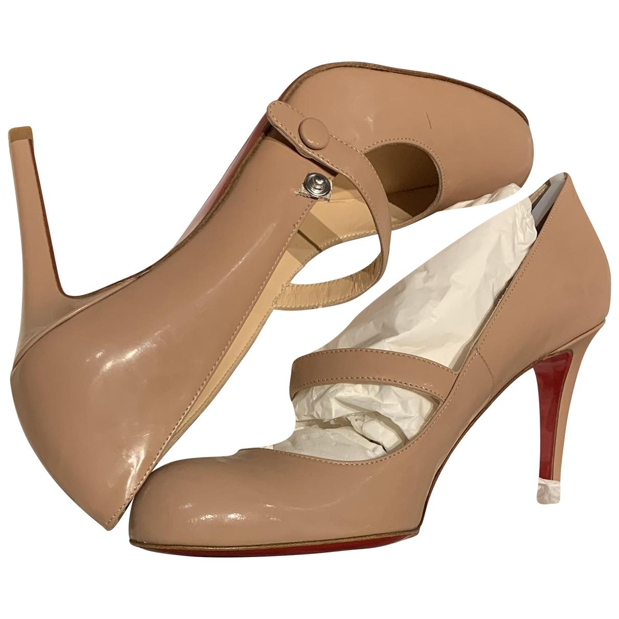 Christian Louboutin \N Beige Patent leather Heels for Women 39 EU