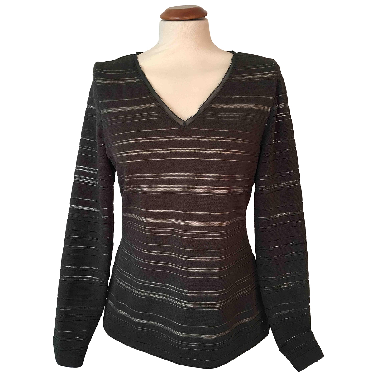 Escada \N Khaki Silk  top for Women M International