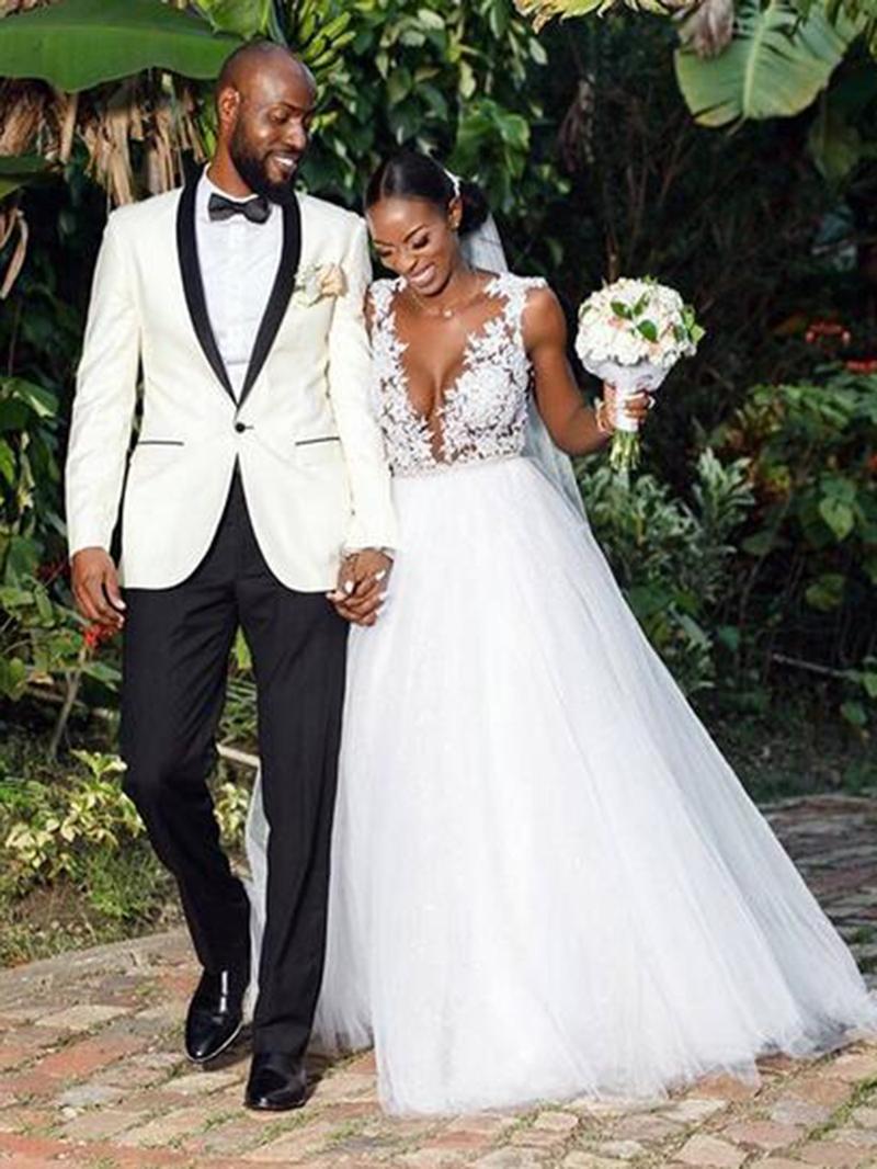 Ericdress Deep V-Neck Appliques Outdoor Wedding Dress