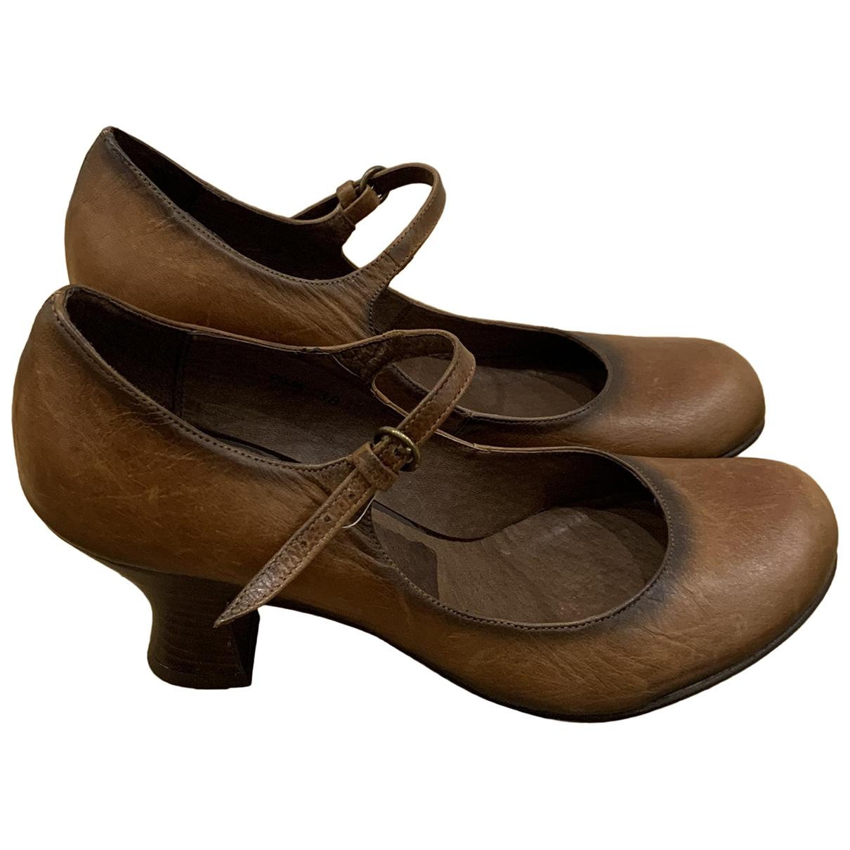 Kurt Geiger \N Brown Leather Heels for Women 5 UK