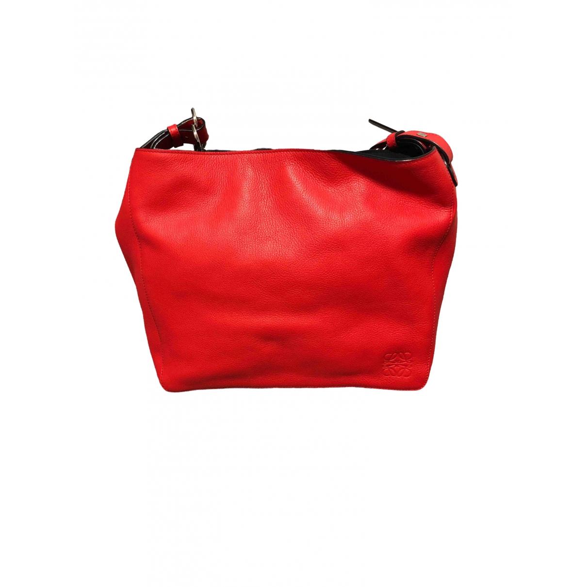 Loewe \N Red Leather handbag for Women \N