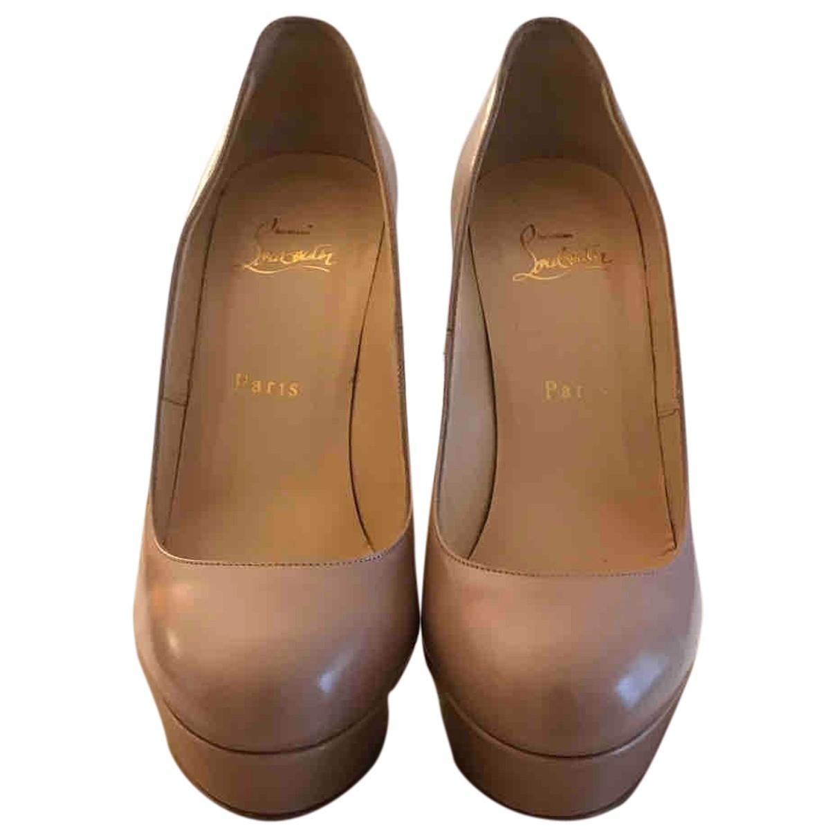 Christian Louboutin Bianca Beige Patent leather Heels for Women 39 EU