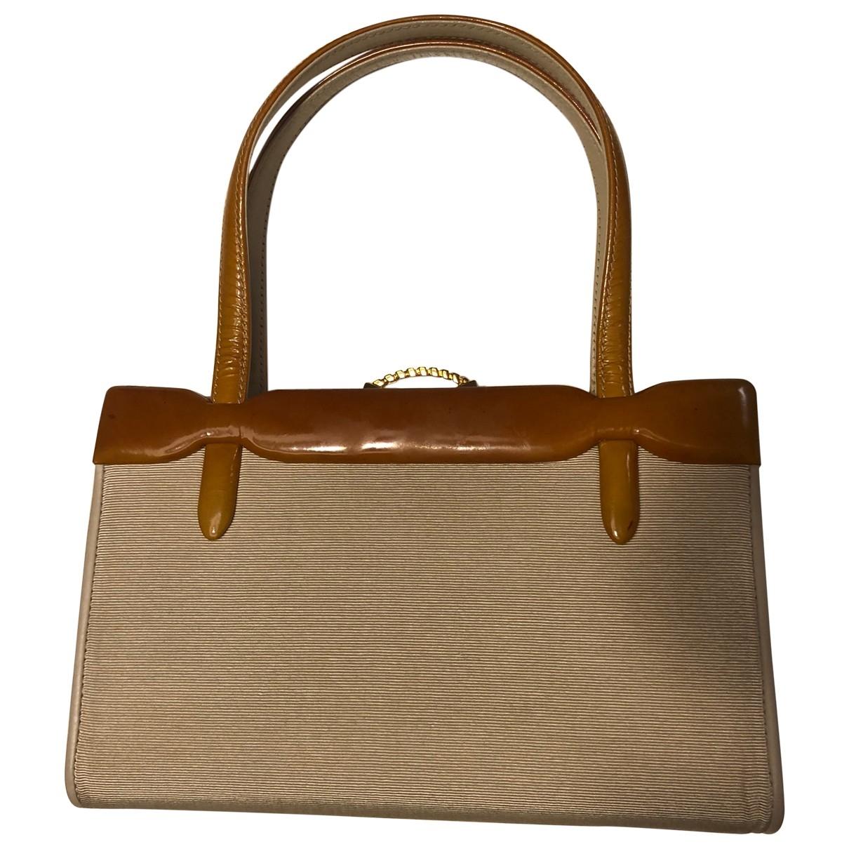 Gucci \N Beige Silk handbag for Women \N