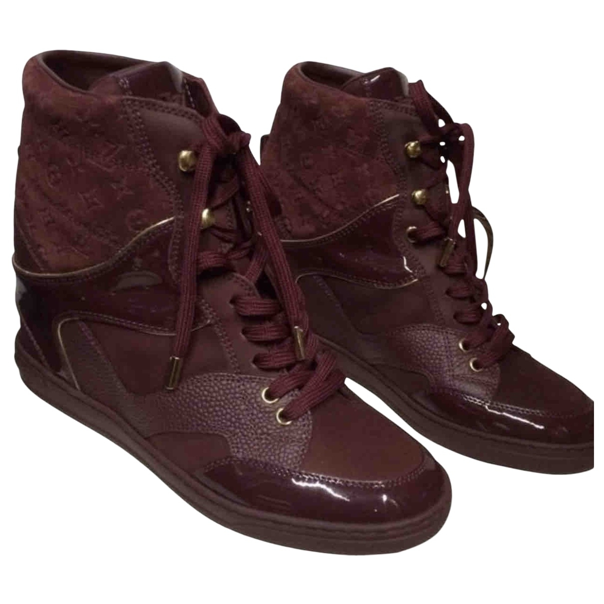 Louis Vuitton \N Burgundy Patent leather Trainers for Women 5.5 UK