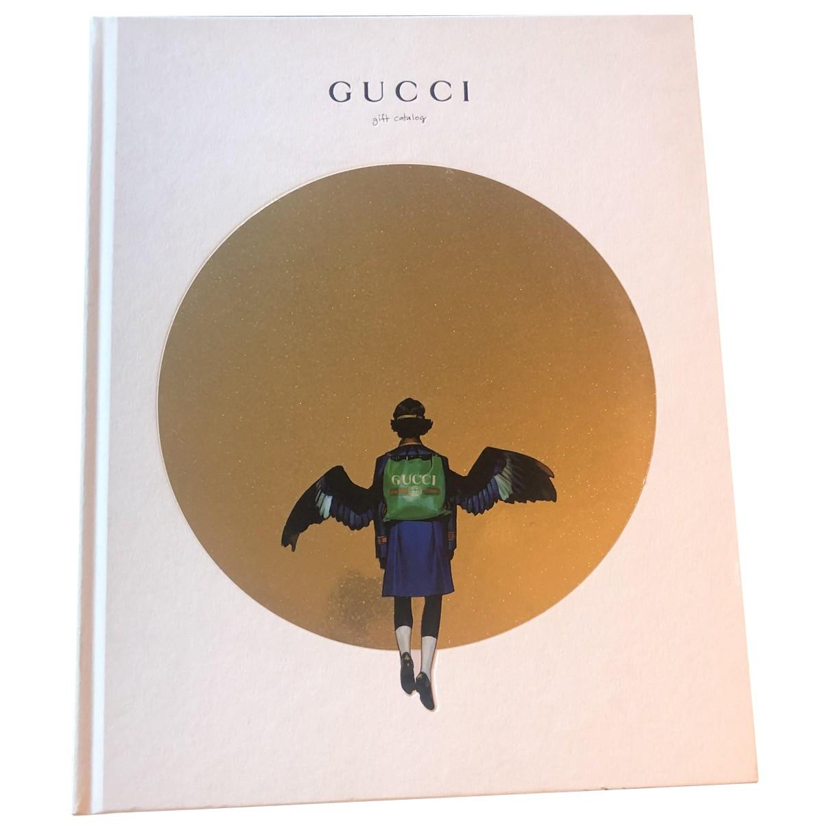 Gucci \N White Wood Fashion for Life & Living \N