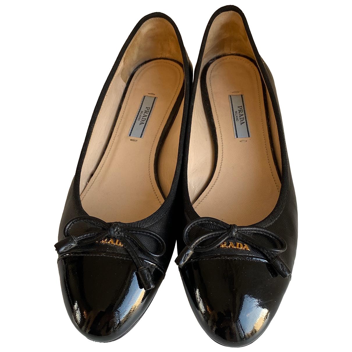Prada \N Black Patent leather Ballet flats for Women 37 EU