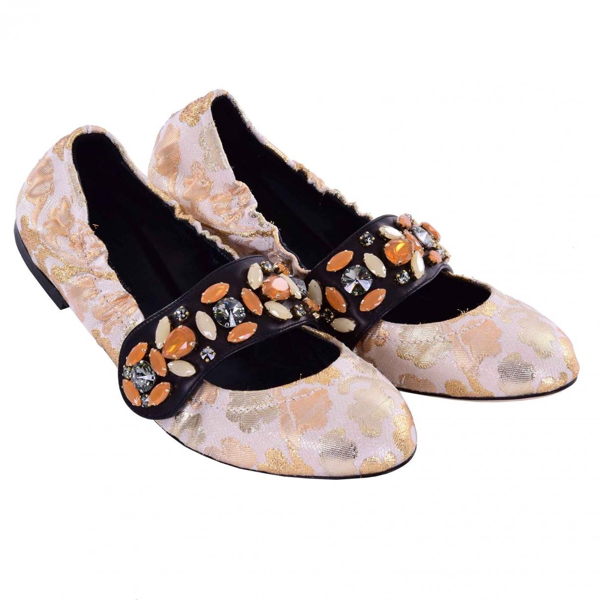 Dolce & Gabbana \N Gold Cloth Ballet flats for Women 38 EU