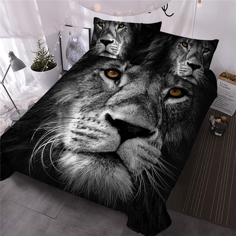 The Monochrome Lion Reactive Printing Polyester Three-Piece Set Including 1 Comforter and 2 Pillowcases Wear-resistant Endurable