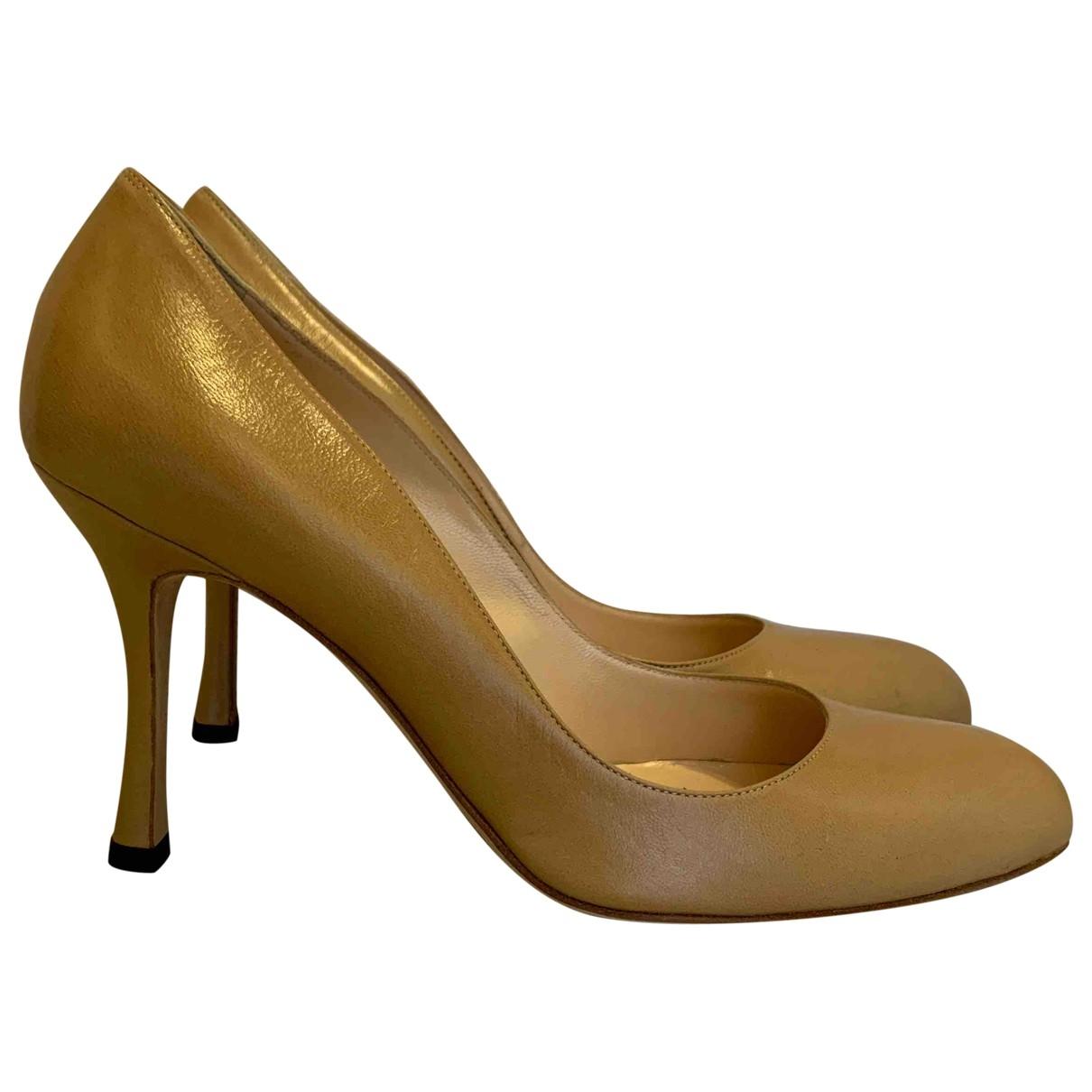 Manolo Blahnik \N Beige Leather Heels for Women 38 EU
