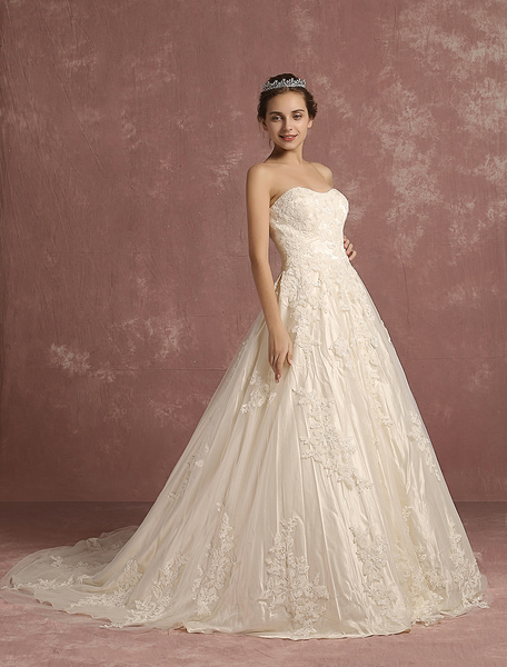 Milanoo Ivory Wedding Dress Lace Applique Bridal Gown A Line Strapless Sleeveless Cathedral Train Bridal Dress