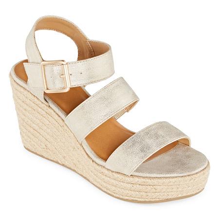 a.n.a Womens Jensen Wedge Sandals, 9 Medium, Yellow