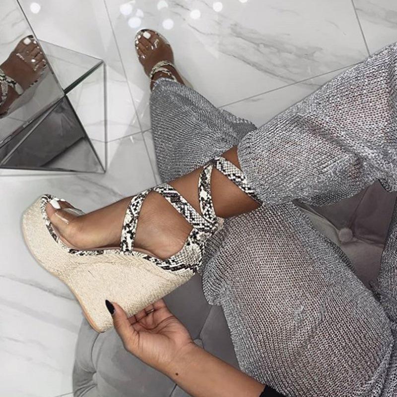 Ericdress Serpentine Buckle Heel Covering Wedge Heel Women's Sandals