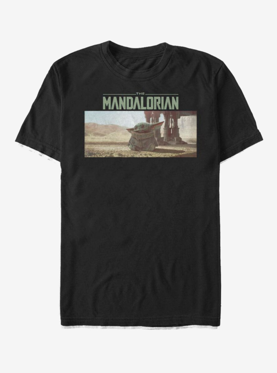Star Wars The Mandalorian The Child Looking Around T-Shirt
