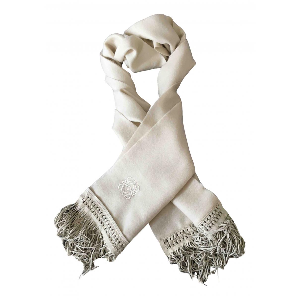 Loewe \N Beige Cashmere scarf for Women \N