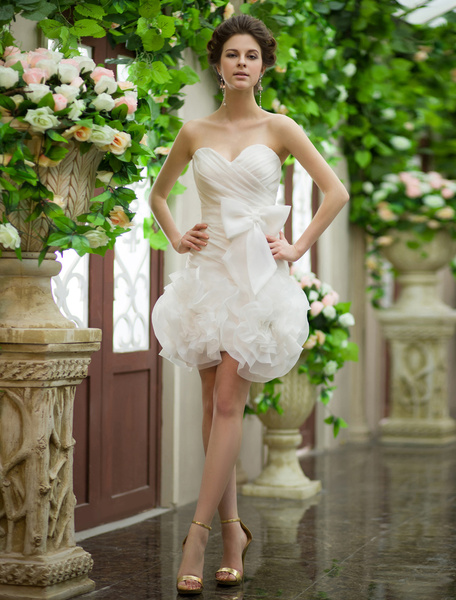 Milanoo Ivory Sheath Sweetheart Zipper Ruched Short Wedding Reception Dress