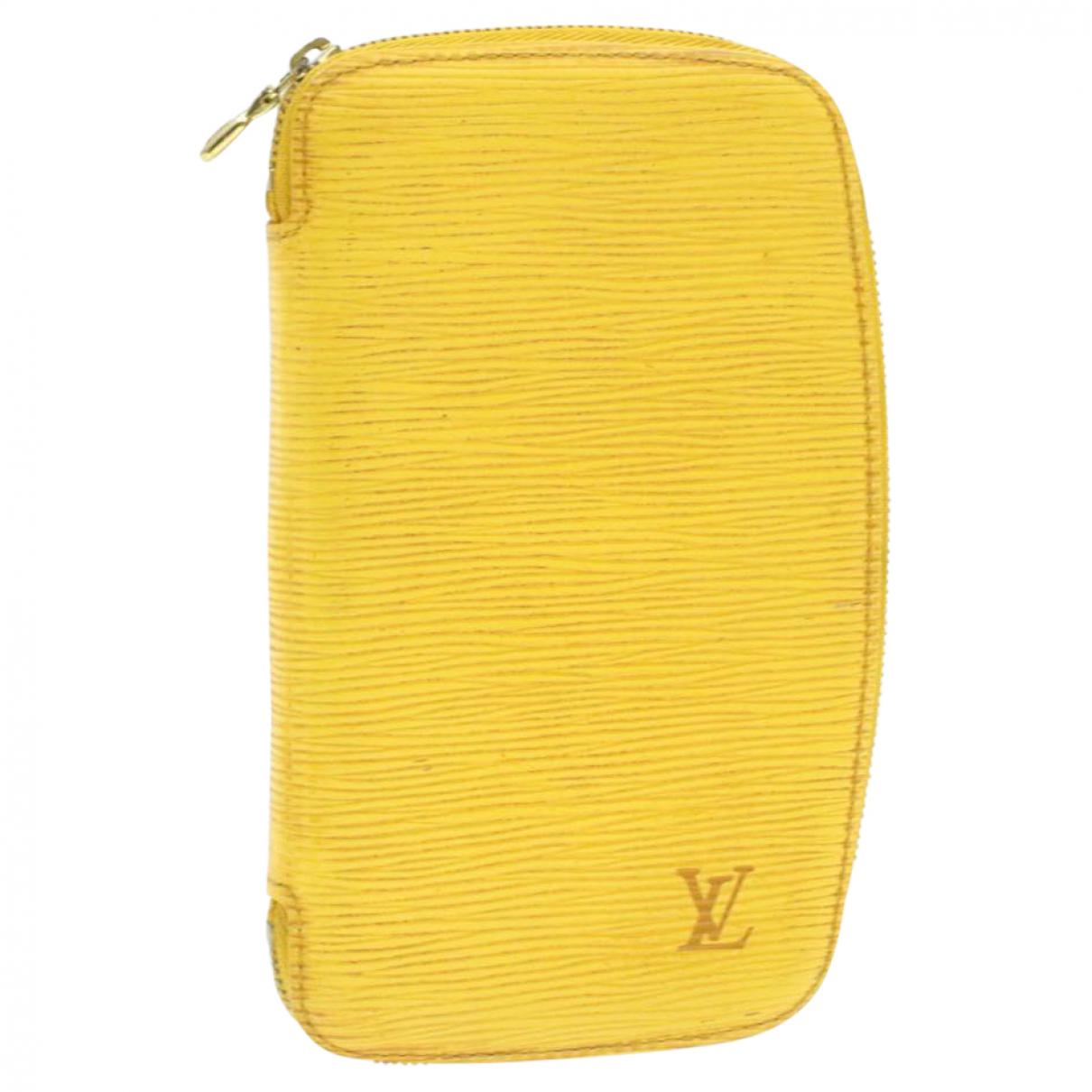 Louis Vuitton \N Yellow scarf for Women \N