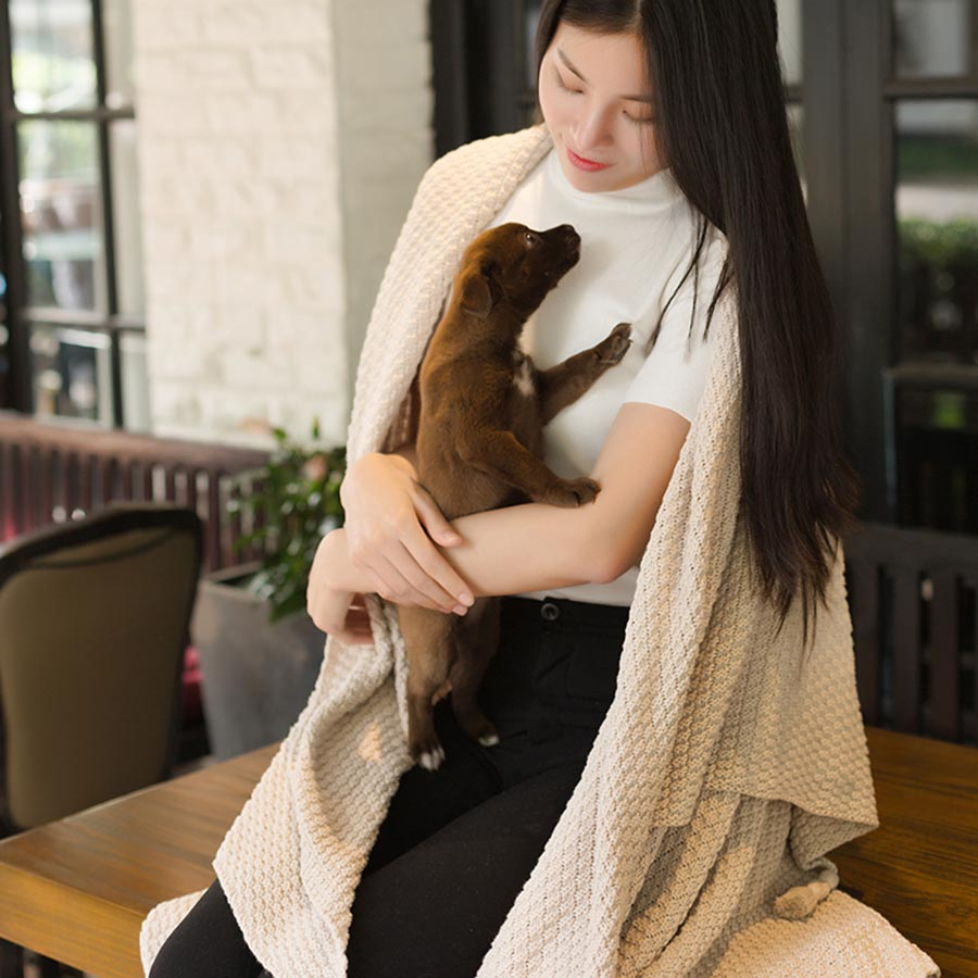 Cotton Material Portable Feature Rectangle Shape Bed Blanket