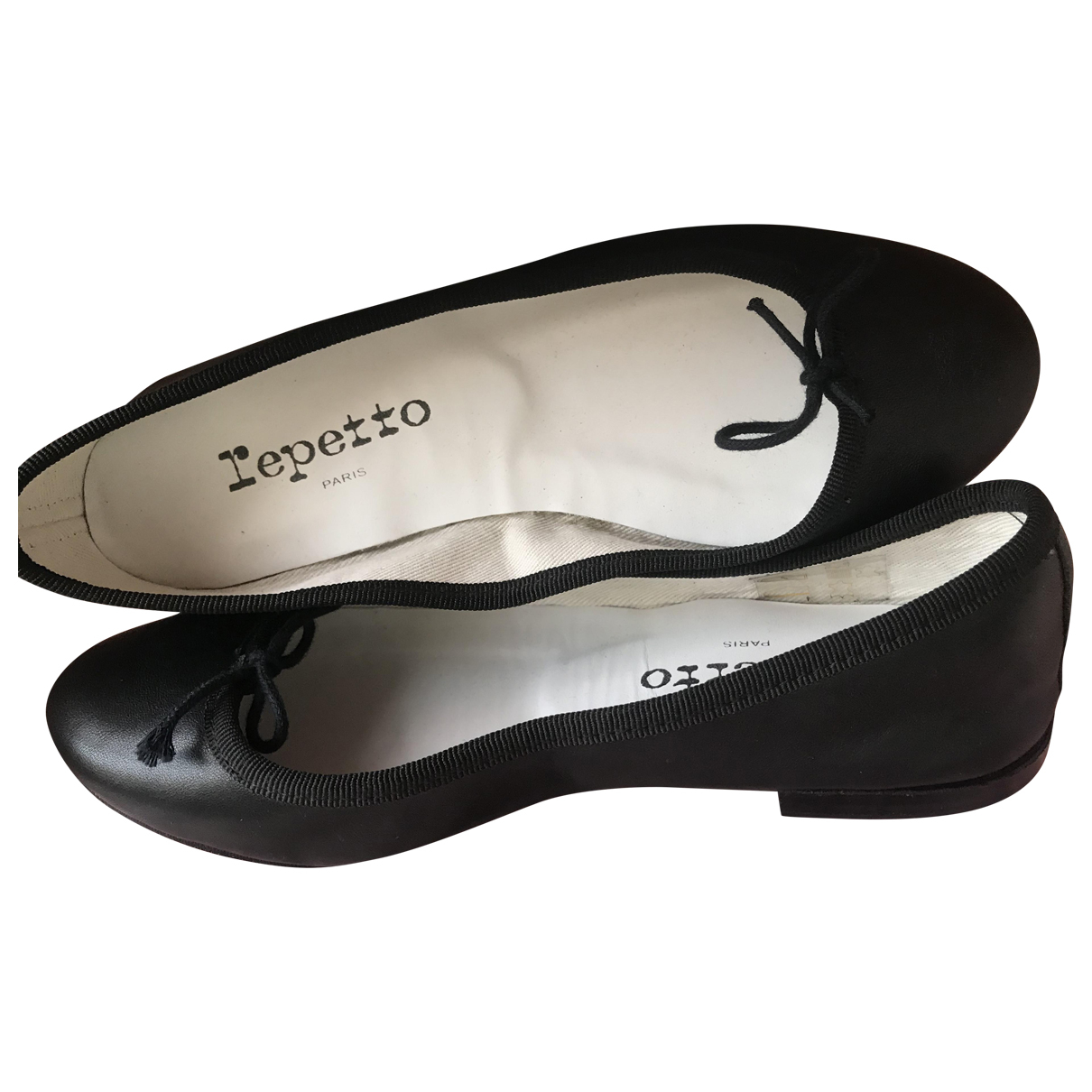 Repetto \N Black Leather Ballet flats for Women 35 EU
