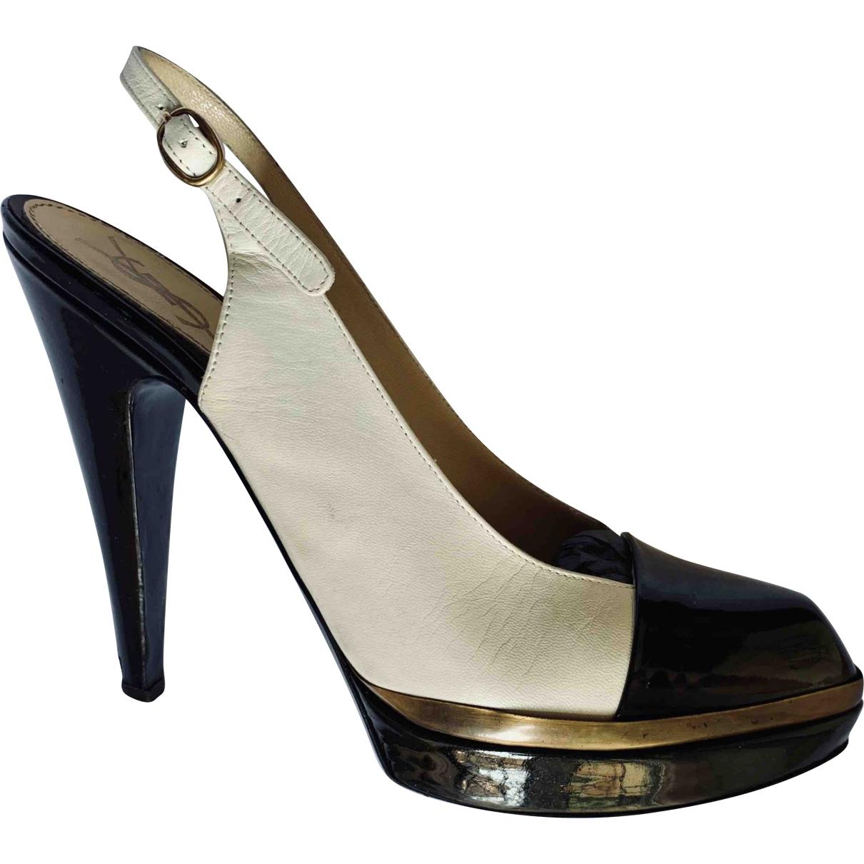 Yves Saint Laurent \N White Patent leather Heels for Women 40 EU
