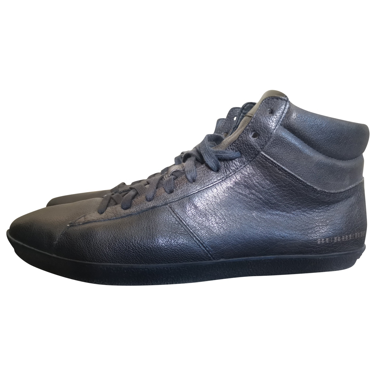 Burberry \N Black Leather Trainers for Men 44 EU