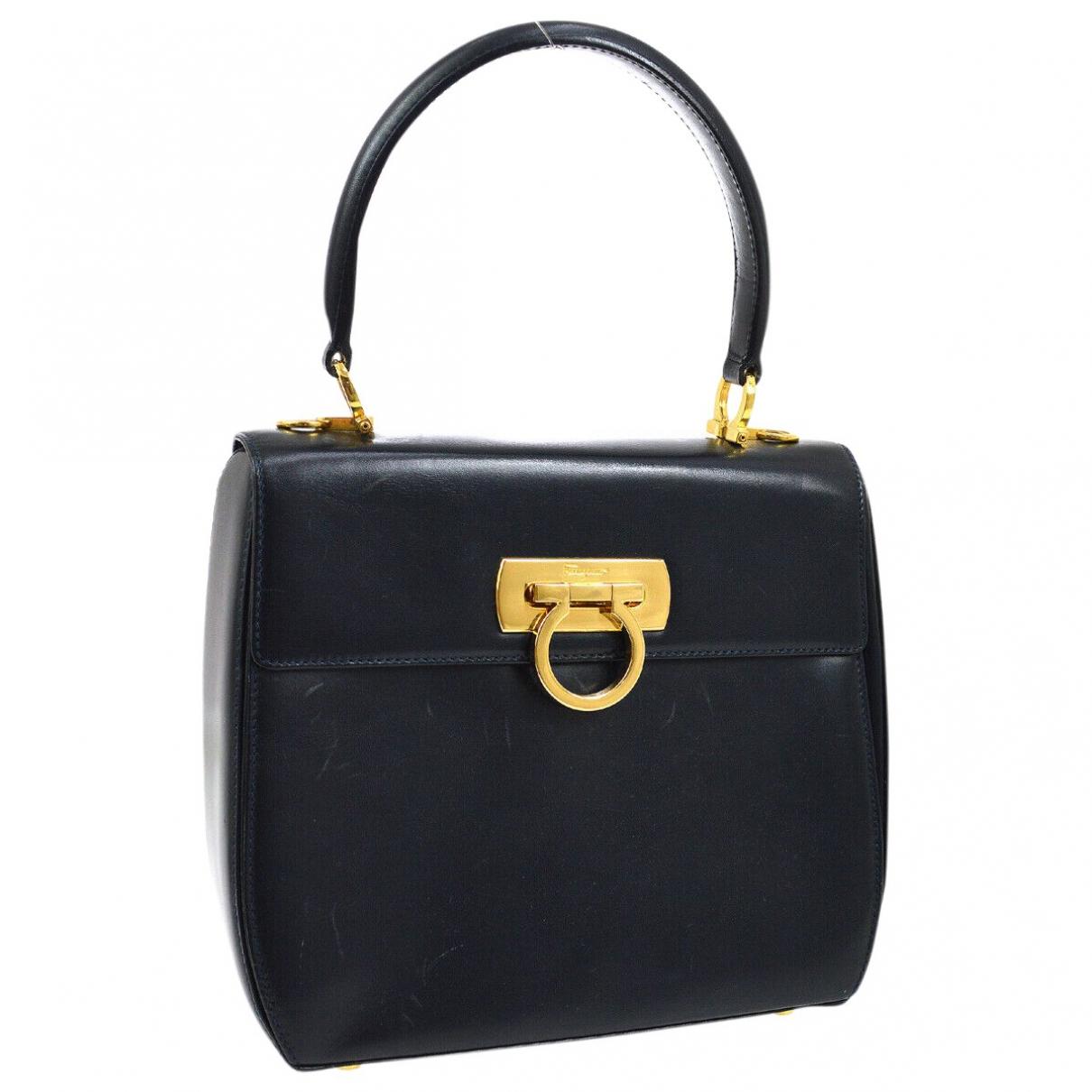 Salvatore Ferragamo Sofia Black Leather handbag for Women \N