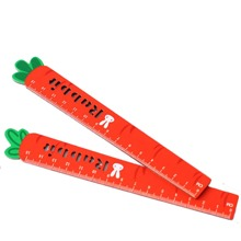 2pcs Carrot Design Ruler