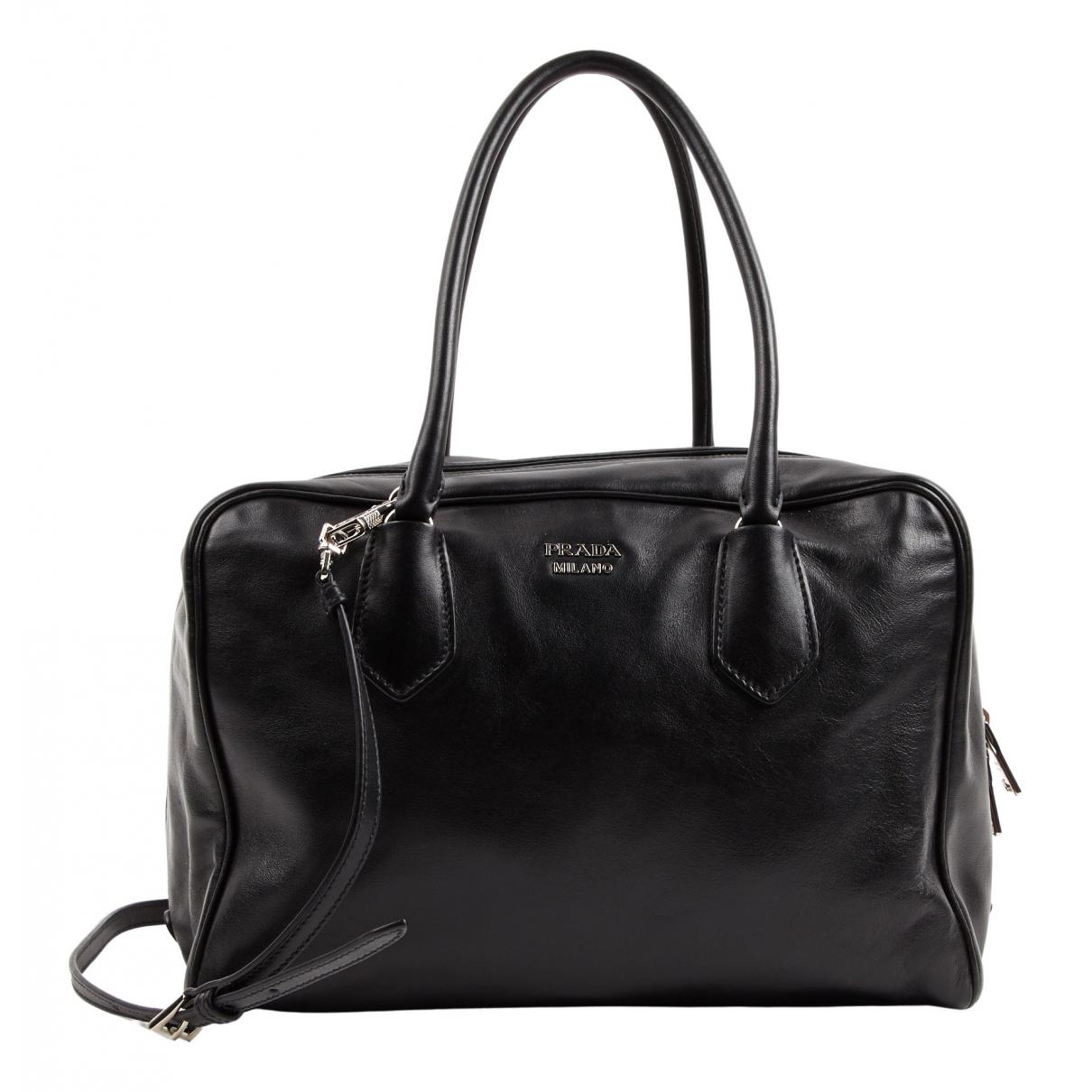 Prada \N Black Leather handbag for Women \N