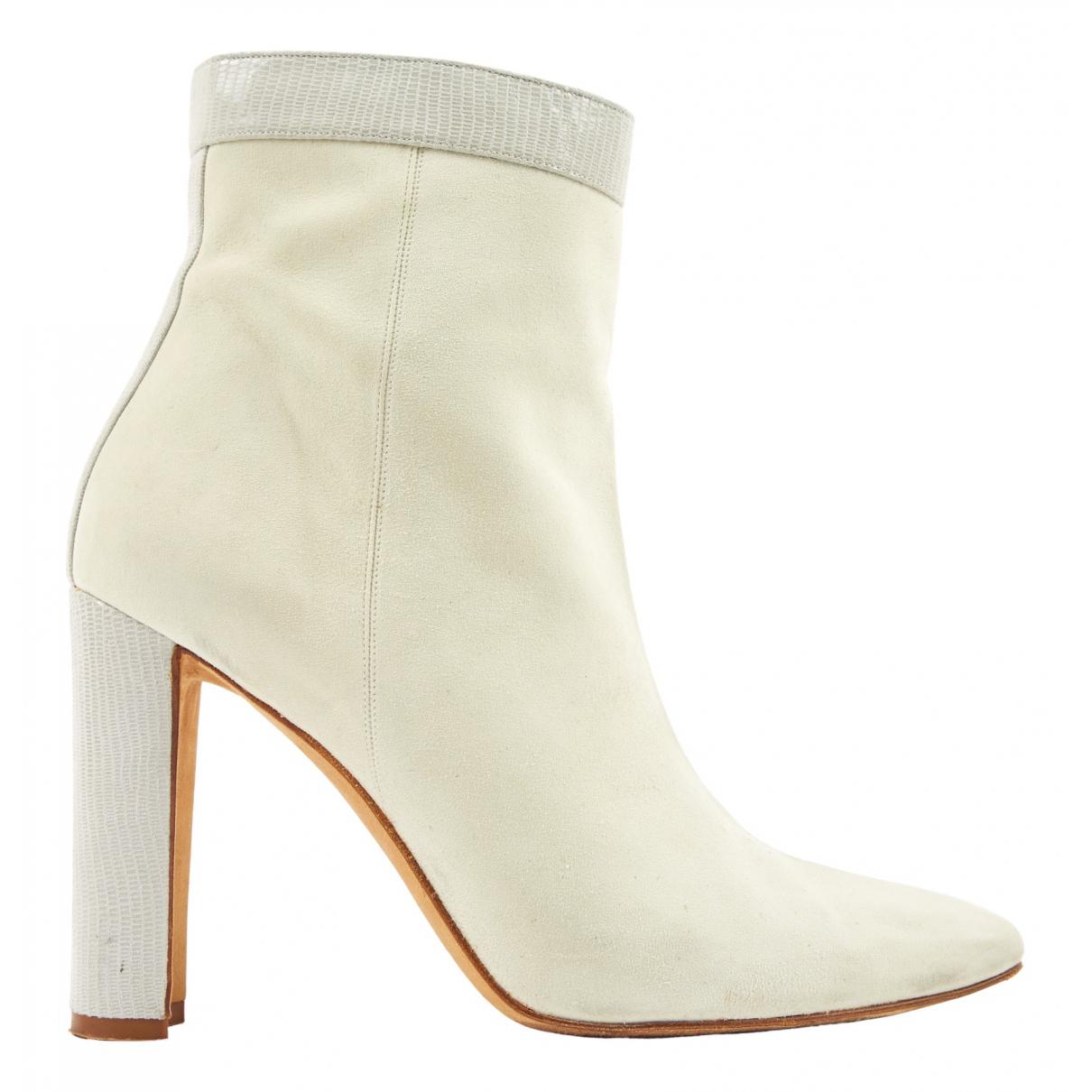 Manolo Blahnik \N Ecru Suede Ankle boots for Women 39 EU