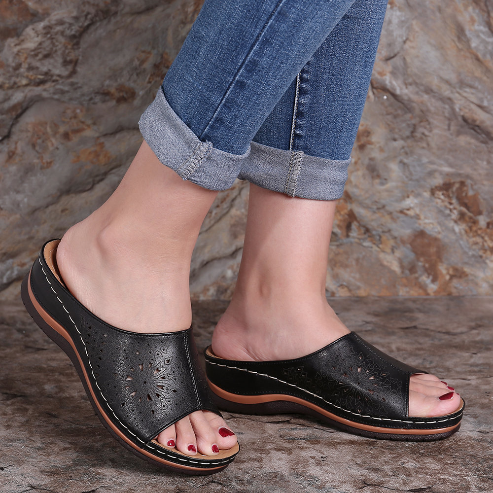 LOSTISY Hollow Out Solid Color Wedges Slide Sandals