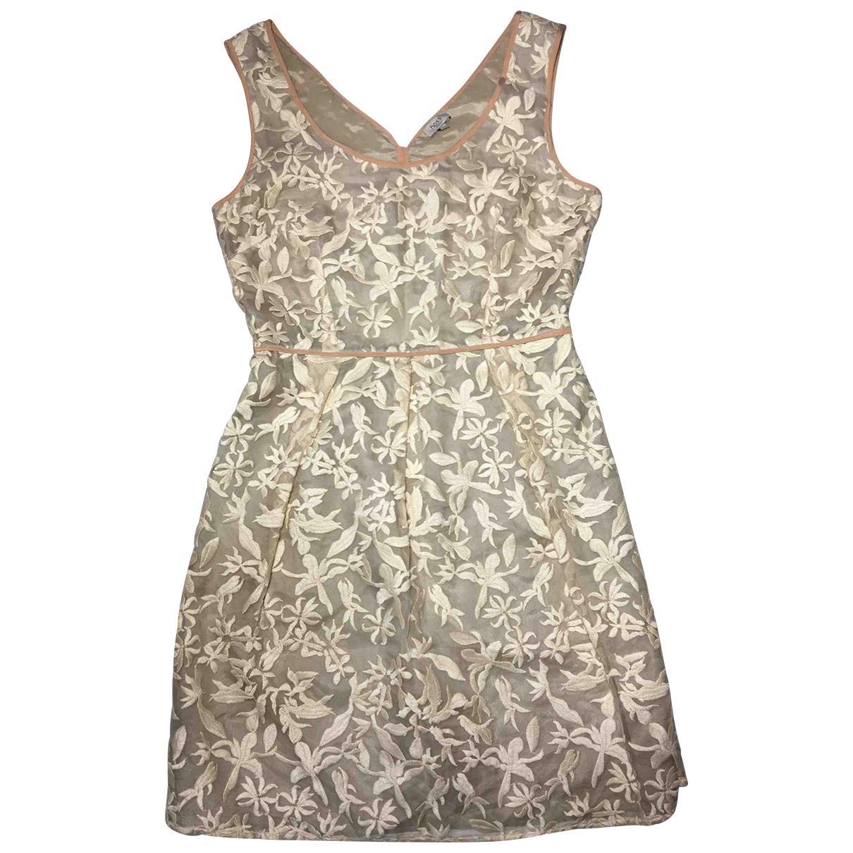 Hoss Intropia \N Beige Silk dress for Women 40 FR