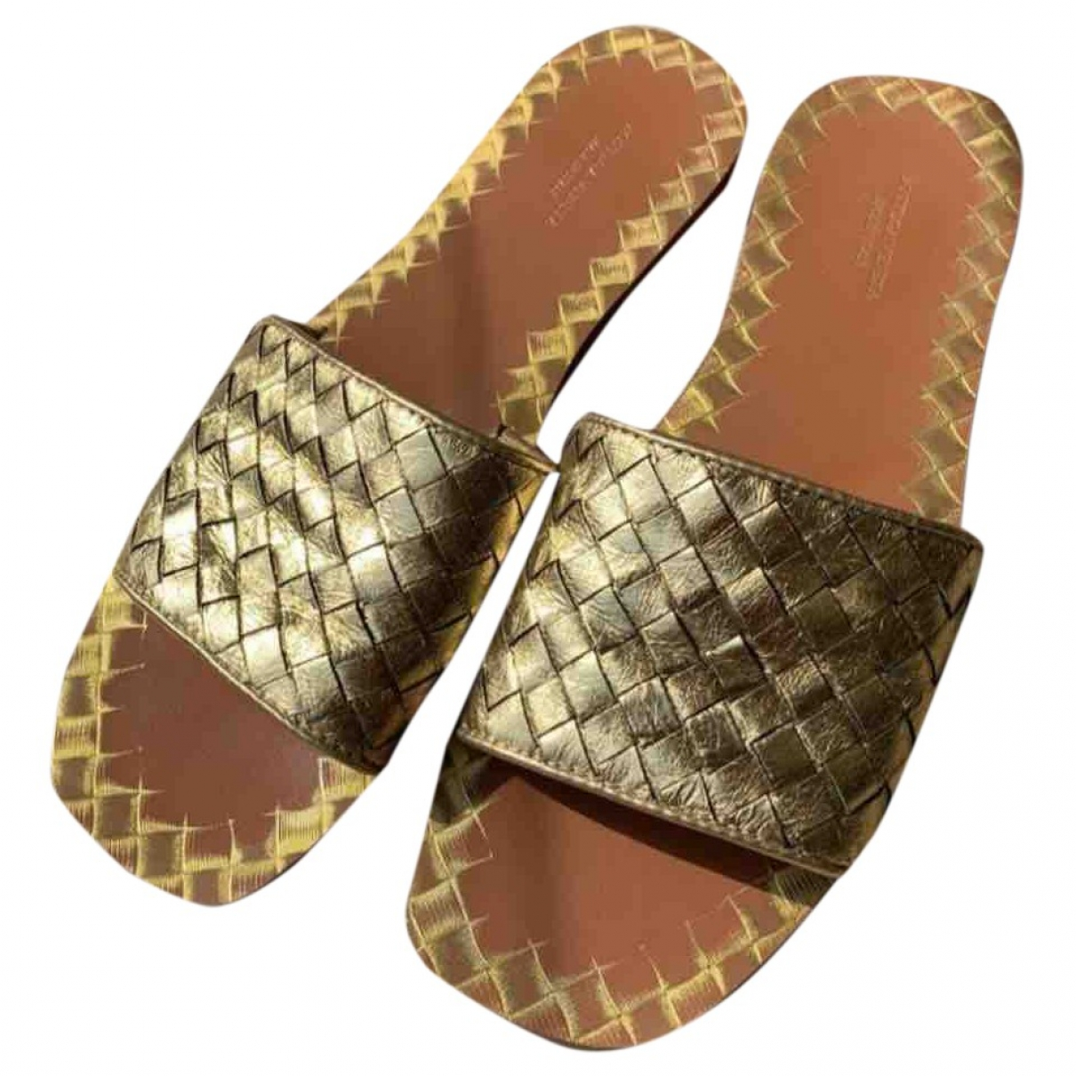 Bottega Veneta \N Gold Leather Sandals for Women 39 EU