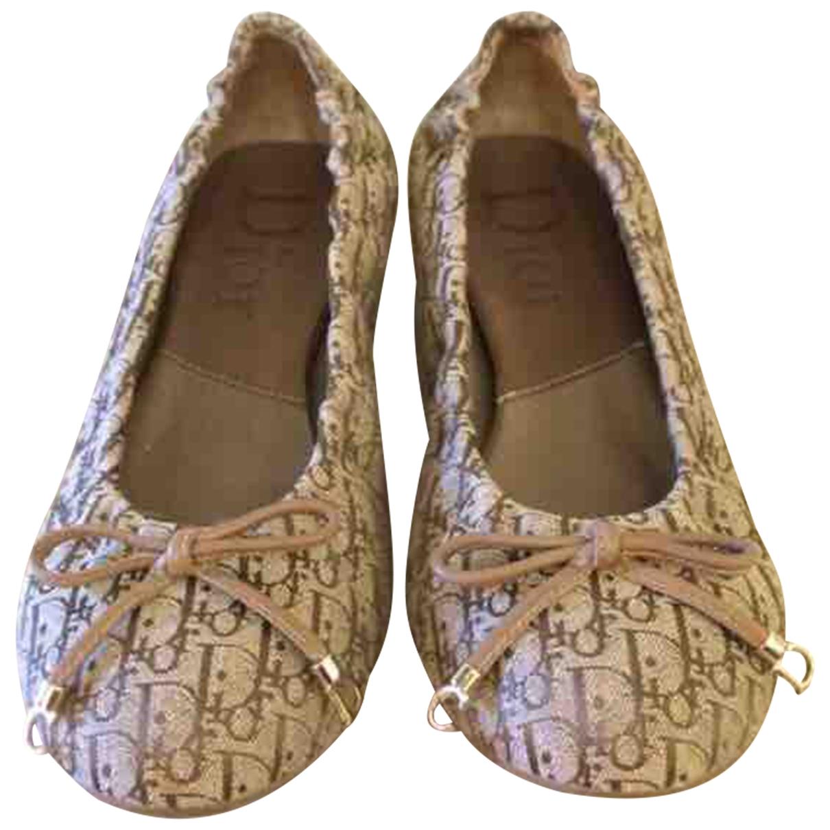 Dior \N Beige Cloth Ballet flats for Women 37 EU
