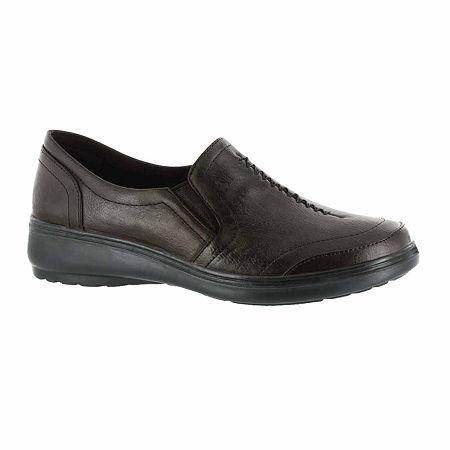 Easy Street Womens Ultimate Slip-On Shoe, 6 1/2 Medium, Brown